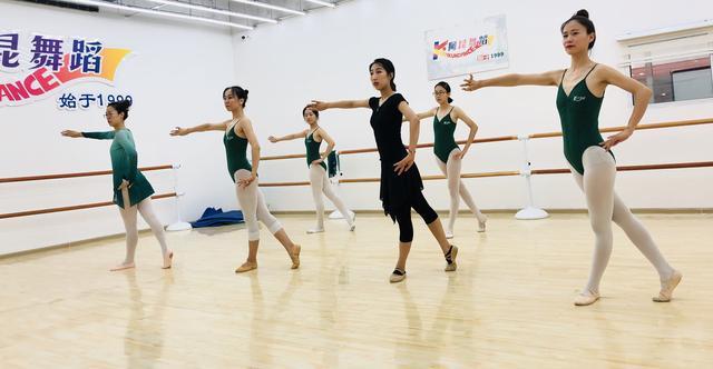 阿昆舞蹈 高新汇隆广场校区开业大酬宾!济南舞蹈培训